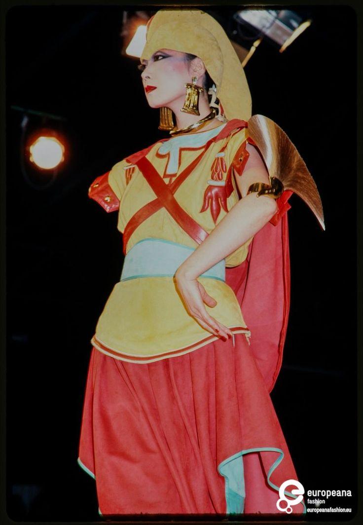 Fashion show Claude Montana on www.europeanafashion.eu