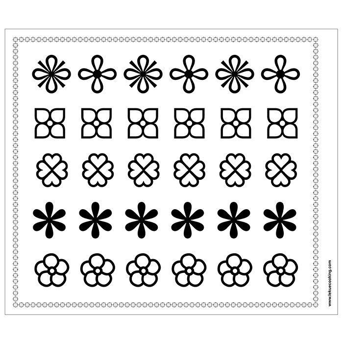 Kit decomat con el que únicamente debes seguir los dibujos de las plantillas y crear tus propiasfiguras de chocolate. Dale un toque original a tus pasteles o simplemente sorprende con una figurita de chocolate para acompañar el café. Ideal para celebraciones, momentos especiales, o para preparar en familia con los niños. Lasplantillas están plastificadas y son reutilizables y fáciles de limpiar. Incluye:  4 plantillas: dos de figuras y dibujos, una de letras del abecedario y números y otra…