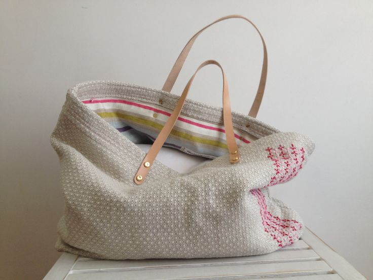 Sister's embroidery bag!!