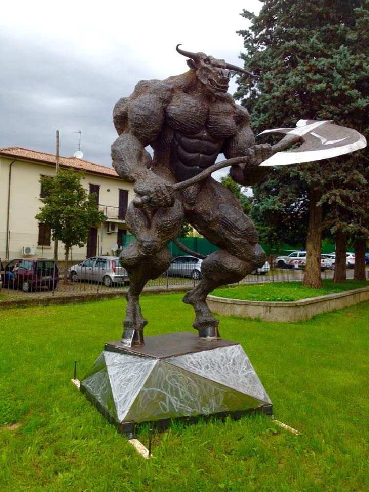 Scuplture - Exhibition in Bornato- Italy / Scrap Metal / Minotaur / Greek Mythology /