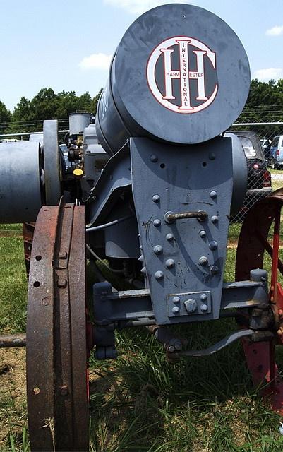 1910-15 International Harvester (IHC) Tractor by revanovum, via Flickr