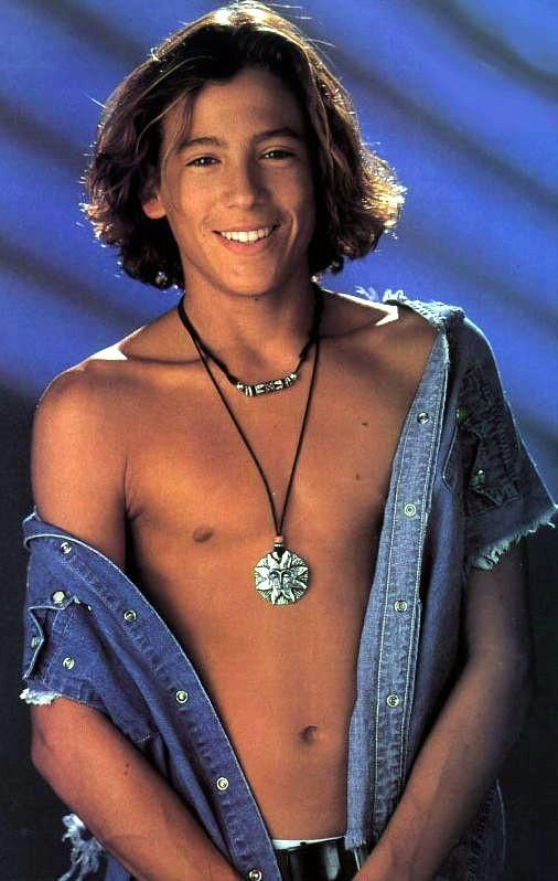 """Andrew Keegan. Sort of feel like a pedophile looking at him at this age. But he was my first """"Hot Boy""""crush."""