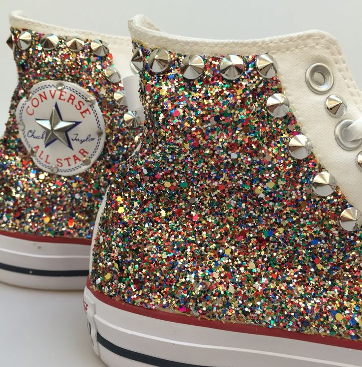 Converse all star personalizzate con tessuto glitter e borchie.  Converse all star customized using glitter fabric and studs. www.ecshopping.it