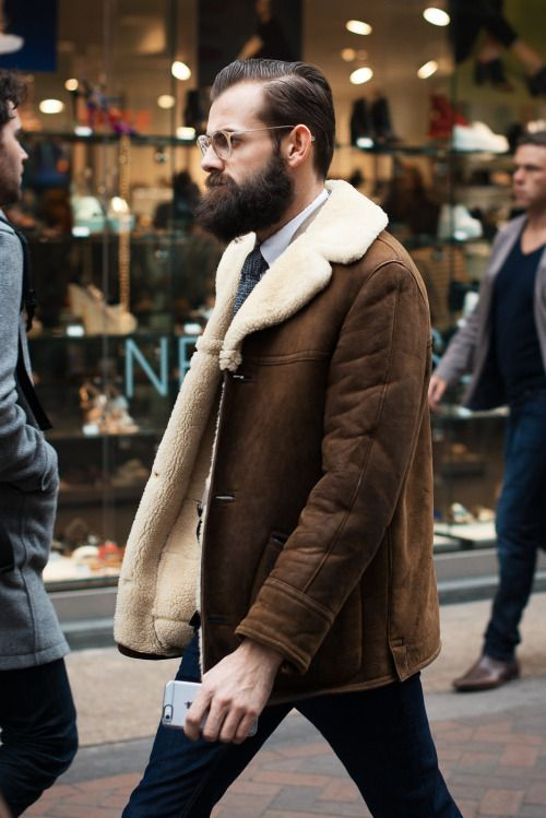shearling jacket. Men #streetstyle #fashion #outfit