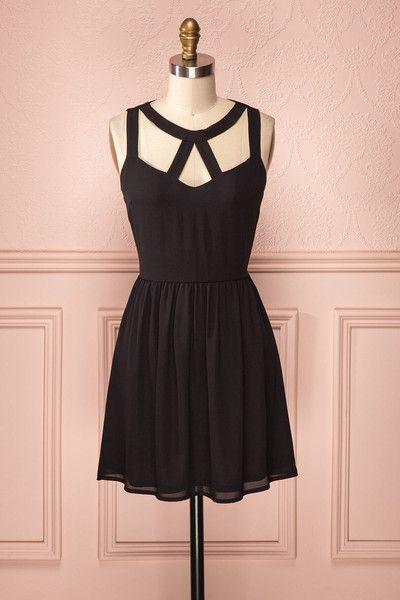 Drew Ebony ♥ La riche couleur de cette robe ne vous laissera pas passer inaperçue.  The rich colour of this dress will not let anyone outshine you.