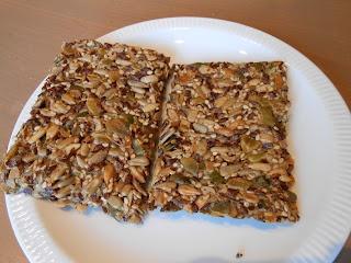 Low Carb - Grip op Koolhydraten: Noorse Cracker  Low Carb Cracker Vegan sunflower seeds flaxseeds pumkinseeds