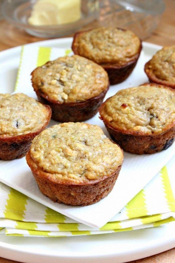 Quinoa Muffins. Contains quinoa, peanut butter, honey, greek yogurt, oatmeal, banana, and chocolate chips :)