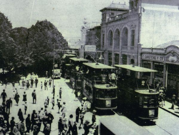 Barros Arana frente a Plaza de Armas