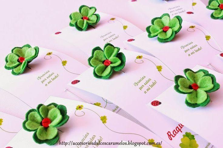 Alfileres, tréboles de cuatro hojas, buena suerte, fieltro. Pins clover good luck http://accesoriosdulcescaramelos.blogspot.com.es/2015/04/alfileres-treboles-de-cuatro-hojas-de.html