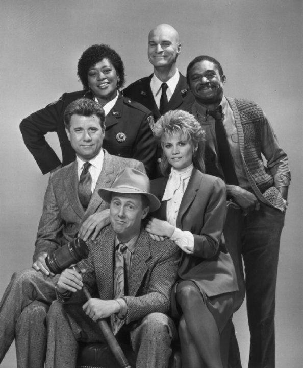 Still of Harry Anderson, John Larroquette, Richard Moll, Markie Post, Charles Robinson and Marsha Warfield in Night Court (1984)