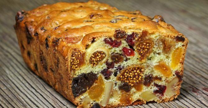 Recette de Plumcake aux fruits secs spécial masse musculaire. Facile et rapide à réaliser, goûteuse et diététique.