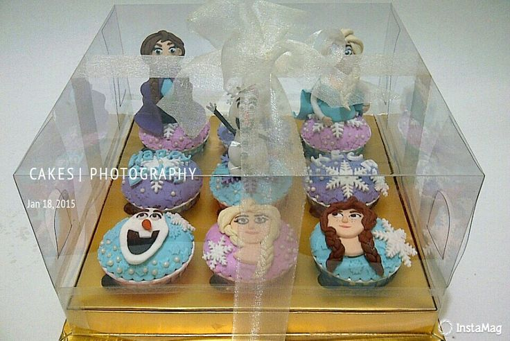 Frozen character cupcakes gift