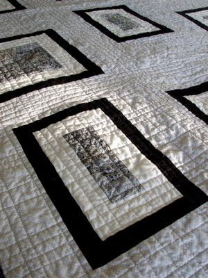 quilting perpendicular lines at various widths, nice