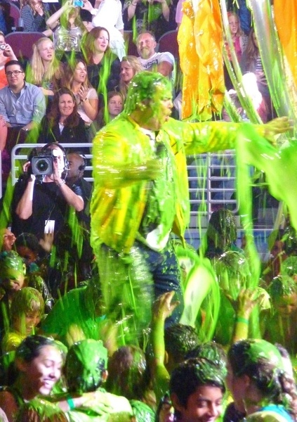 Celebs get slimed at the Kids Choice Awards