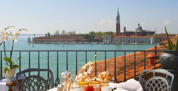 Voyage Privé: quality holidays, great offers and private sales online