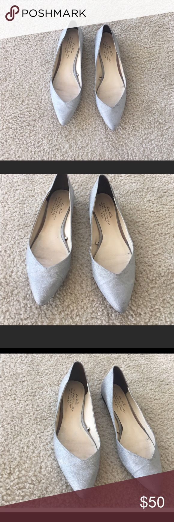 Zara flats Silver glitter sparkle pointy toe flats size 8 but fits like an 8.5. Shimmer cute women's ladies shoes no heel comfortable cute chic go with a professional outfit, jeans or leggings, or a dress Zara Shoes Flats & Loafers