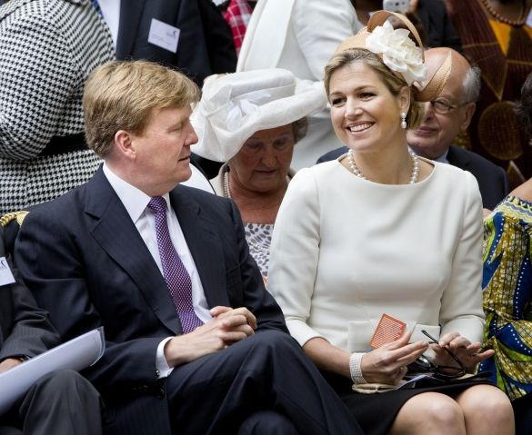 7/1:13.  MYROYALS  FASHİON - King Willem-Alexander and Queen Maxima attend the commemoration of the abolition of slavery at the Oosterpark in Amsterdam.
