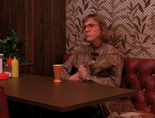 11 Twin Peaks Halloween Costumes Because OMG Guys, Twin Peaks Is Coming Back!  Read more: http://www.thegloss.com/2014/10/06/culture/twin-peaks-halloween-costumes-laura-palmer-agent-cooper-audrey-horne/#ixzz3FwqFCdLp