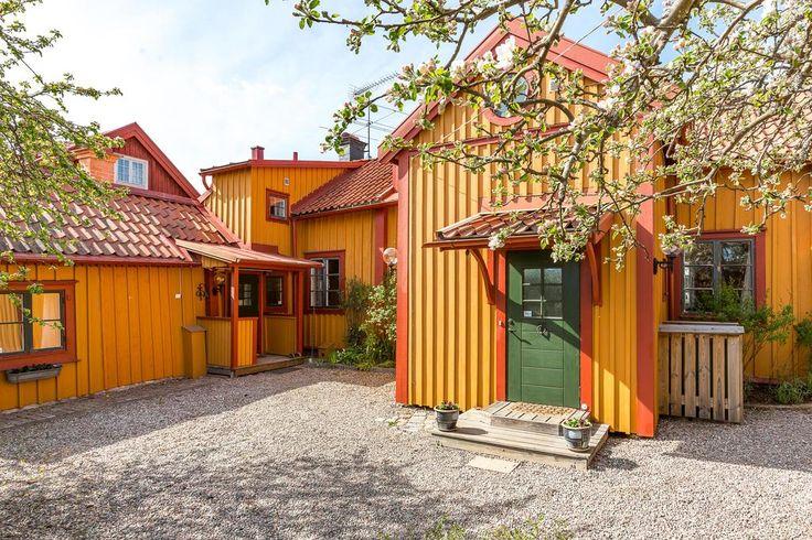 1800-tals villa med innergård