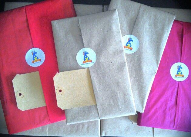 Regala libros! Búscalos en www.pedroypoki.com.ar