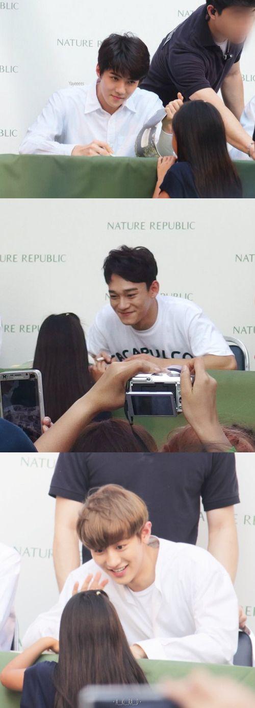 When EXO saw a little girl~