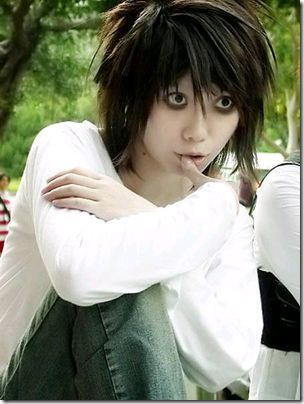 cosplay ^-^......dream from Alice Human Sacrifice?<- Nope! L, from Death Note