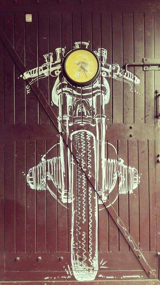 Cafe racer mural garage Motocultura7