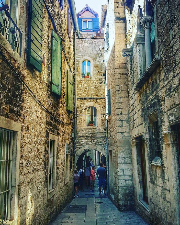 Enjoying Diocletian's palace what a place! . . #Split . . #iseeplaces #travelphotography #worldinmotion #allaroundtheworld #postcardsfromtheworld #discoverearth #arountheworld #worldplaces #tourist #travelling #traveltheworld #travelgram #travelphoto #trip #picoftheday #oldtown #photography . . #instagram #instagood #instatravel #instamood #instalove #igdaily #bestoftheday #instavacation #like4like #l4l #followforfollow