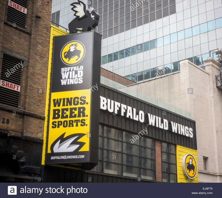 A Times Square Branch Of The Buffalo Wild Wings Restaurant Chain ...