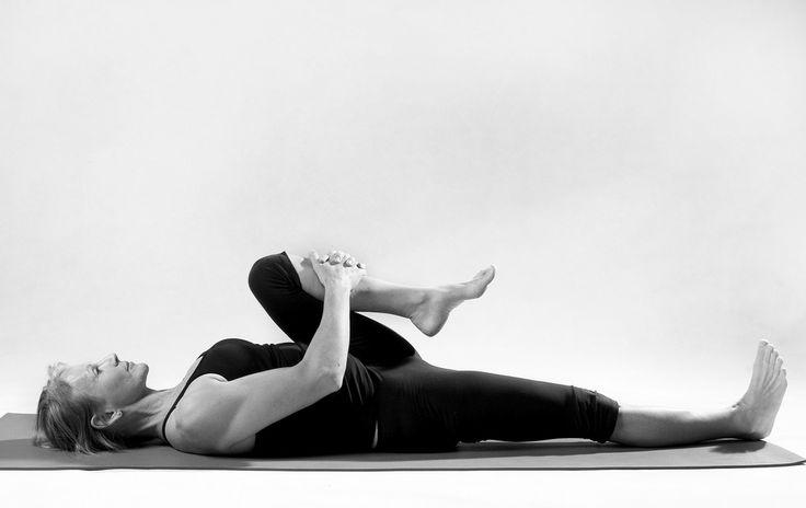 8 упражнений и поз из йоги, с которыми вы навсегда забудете о радикулите и болях в спине – Фитнес для мозга