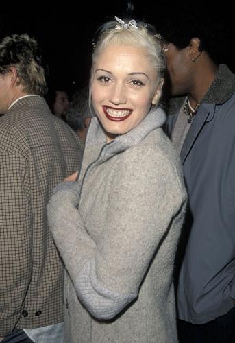 Gwen Stefani by modsarego, via Flickr
