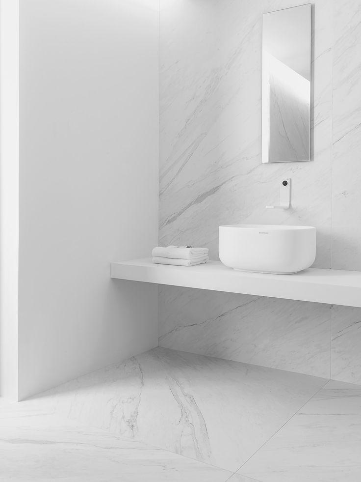 Porcelain countertops bathroom