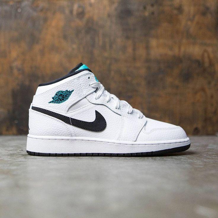 air jordan 1 mid kids' shoe