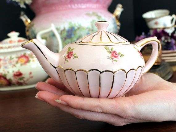 """Vintage one cup Sadler Teapot, pink, 7"""" x 3.5"""".  Never seen the little one of this design before!  Just darling!"""
