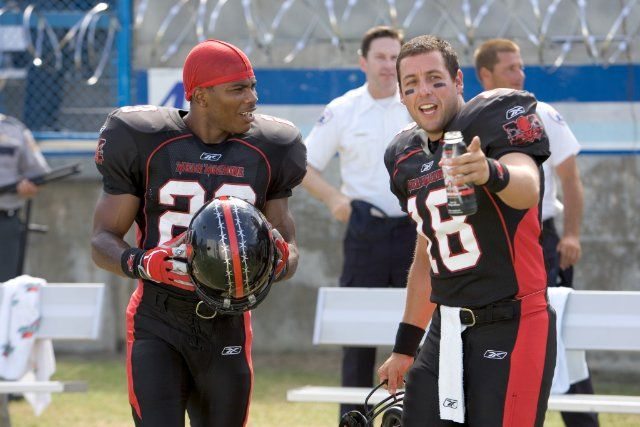 Still of Adam Sandler and Nelly in The Longest Yard (2005)