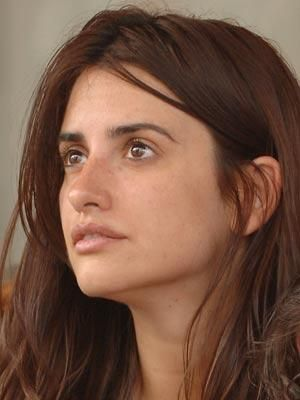 """Penelope Cruz without makeup""  One of the prettiest women alive no matter what!"
