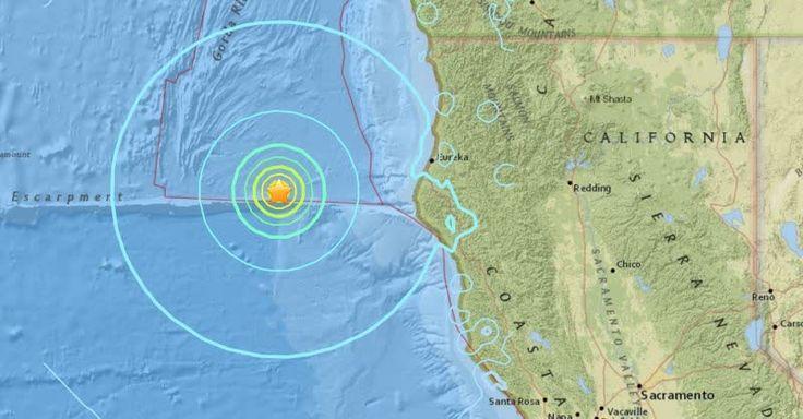 """California"" es tendencia porque un terremoto de 6.5 sacudió el norte de California. http://mexico.srtrendingtopic.com/search.html?form_search%5Bdate1%5D=2016-12-08&form_search%5Bdate2%5D=2016-12-08&form_search%5Btrend%5D=california"