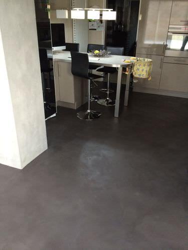 Pavimento in calcestruzzo / aspetto cemento / colorato / ad alta resistenza ROUVIERE