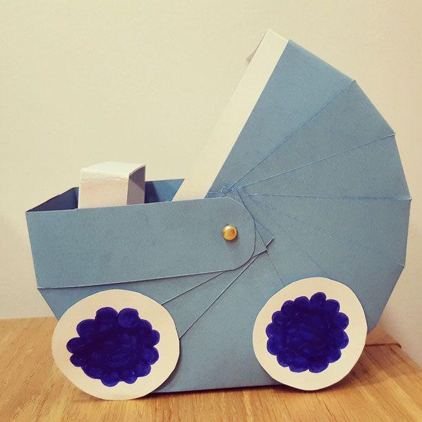 als geschenkkorb f r werdende eltern einen kinderwagen aus papier basteln einfach und schaut. Black Bedroom Furniture Sets. Home Design Ideas