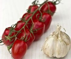 Keď sa stretnú paradajky s cesnakom | Poctivé Potraviny