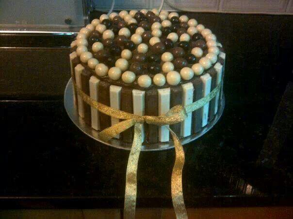 Milk Chocolate and white chocolate cake.