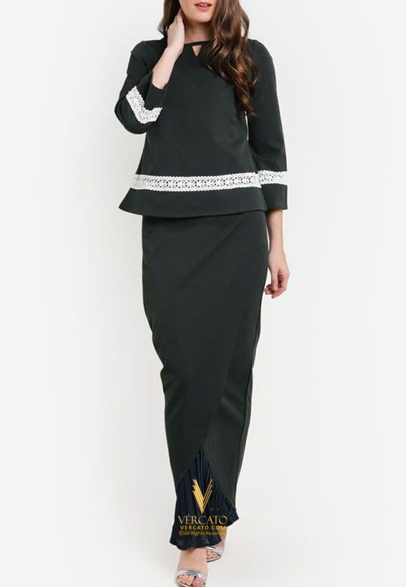 Baju Kurung Moden with Long Tulip Skirt - Vercato Sofia in Green. SHOP NOW: http://vercato.com/
