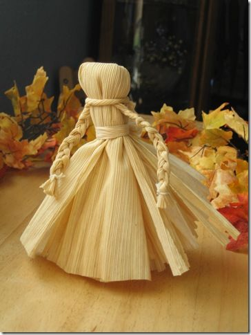 Make your own Corn Husk Doll with Muffin Tin Mom from michellesjournalcorner.blogspot.com!: Tins Mom, Cornhuskers Dolls, Autumn, Fall Crafts, Muffins Tins, Kids Crafts, Corn Dolls, Corn Husk Dolls, Corn Dolly
