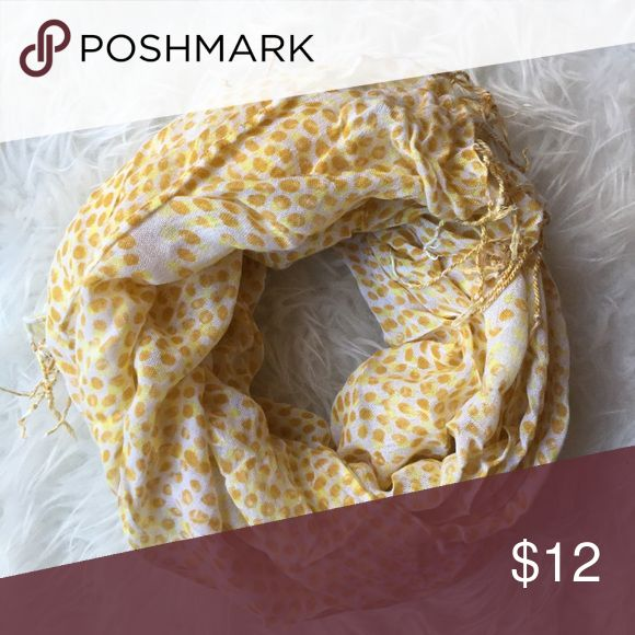 ⚡️Yellow Printed Tassle Scarf Super adorable yellow dot printed scarf. Lightweight, not an infinity. EUC, only used for photography, not worn. Accessories Scarves & Wraps