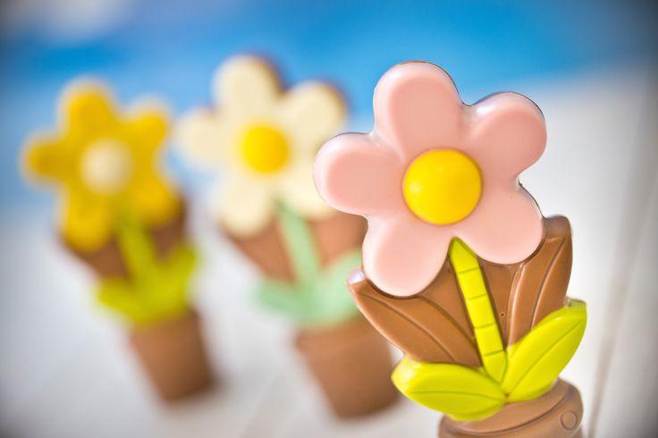 Chocolate flowers for Mom #chocolate #chocolissimo #giftsideas #czekolada #pomyslnaprezent #dzienmatki #prezentdlamamy