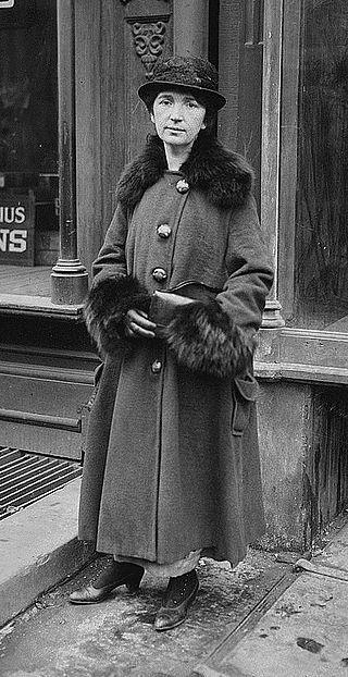 Margaret Sanger at her Brownsville clinic trial - 1917.jpg