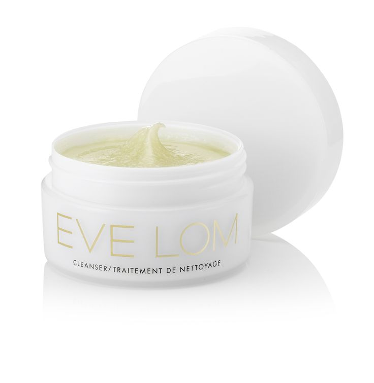 """""""Best cleanser in the wold"""" - #Vogue #EVELOM #CLEANSER"""