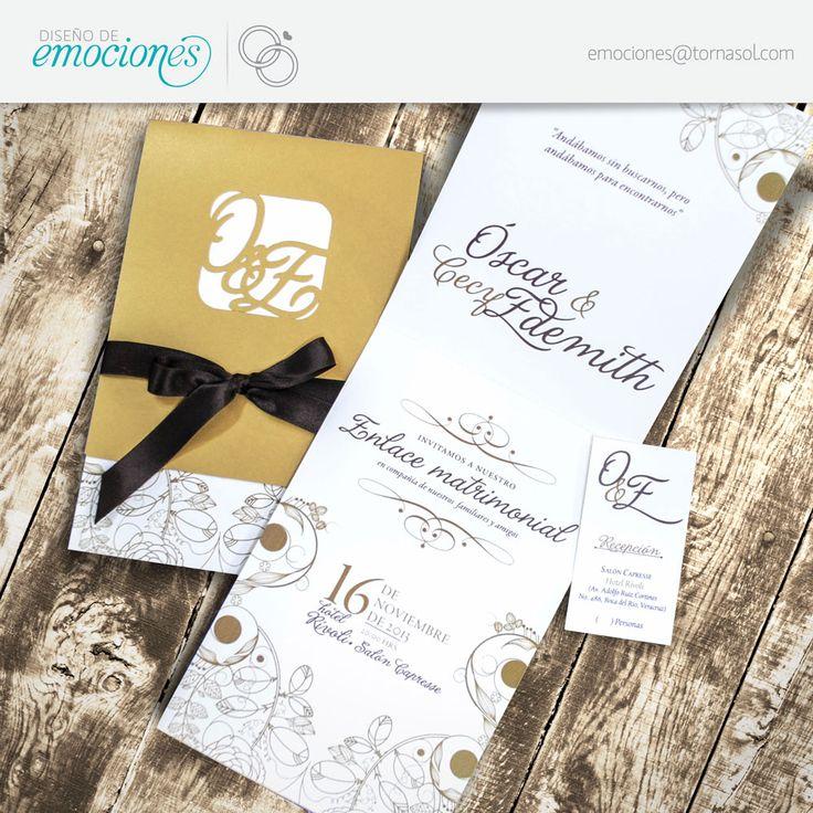 Hermosa Invitación En Tonos Dorados Con Monograma Suajado Al Fe Súper Romántica