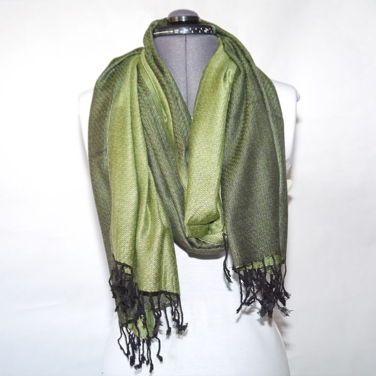 #decult #bomull #siden #sjal #scarf 219:- @ http://decult.se/store/products/sjal-bomullsiden-olivgron