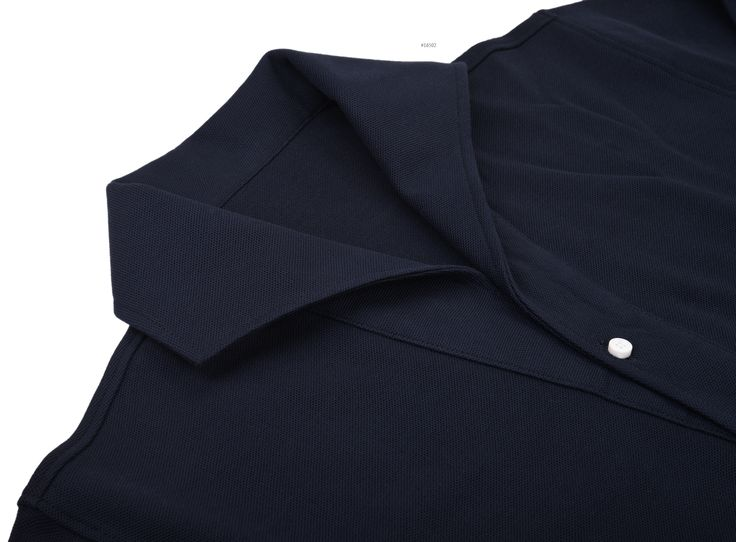 Luxire casual wear constructed in Navy Pique: http://custom.luxire.com/products/navy_pique Consists of 1 piece collar and single button cuffs.